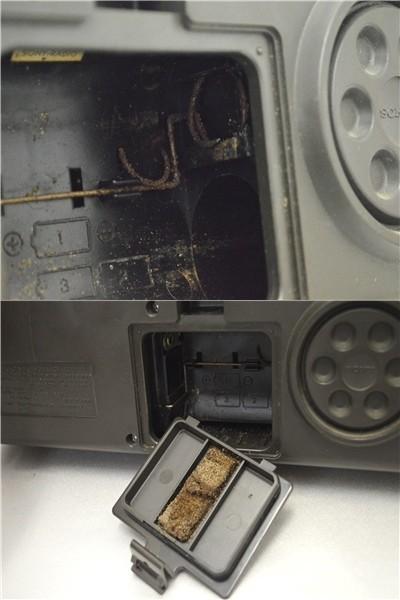 KM28●ジャンク品●SONY スカイセンサー6000 ICF-6000&ナショナル T-94 7TRANSISTOR 時計付 ラジオ 2点セット _画像5