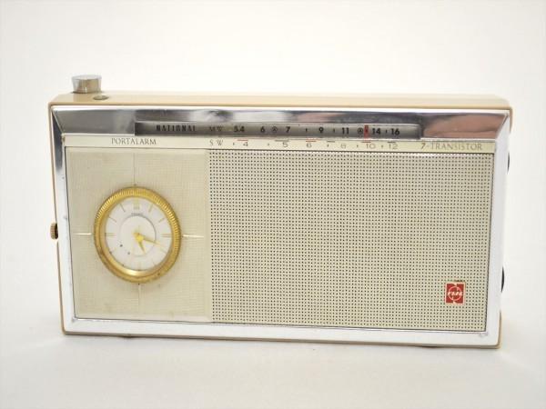 KM28●ジャンク品●SONY スカイセンサー6000 ICF-6000&ナショナル T-94 7TRANSISTOR 時計付 ラジオ 2点セット _画像7