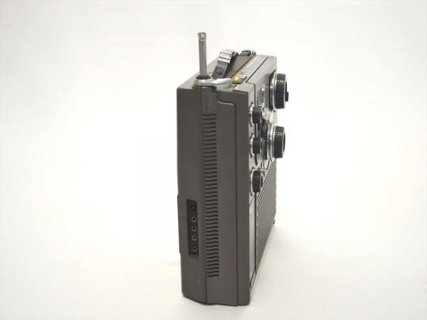KM31●ジャンク●SONY スカイセンサー ICF-5900 5バンドマルチバンドレシーバー/BCLラジオ FM/MW/SW1/SW2/SW3_画像6
