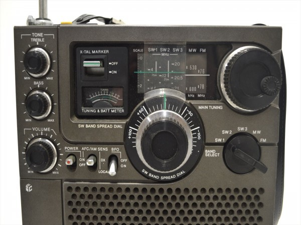 KM31●ジャンク●SONY スカイセンサー ICF-5900 5バンドマルチバンドレシーバー/BCLラジオ FM/MW/SW1/SW2/SW3_画像2