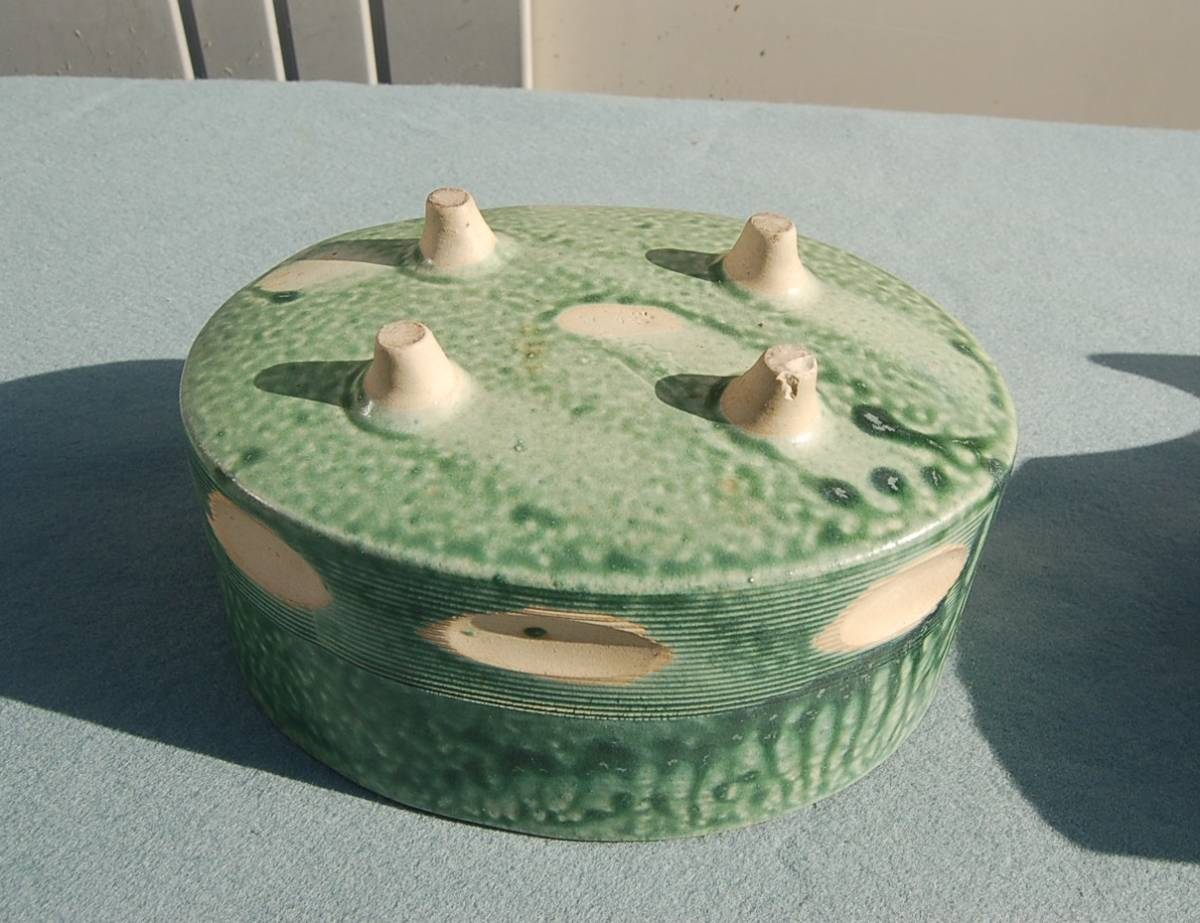2個 水盤 変形:グレイ  小判型:緑垂釉 四つ足 如山:作_画像4