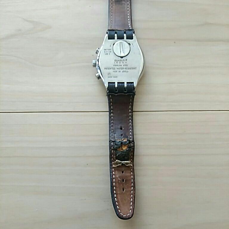 swatch スウォッチ 時計 フェイス深いブルー 縦4.5横3.8、ベルト幅1.9cm 電池交換必要 ベルト革めくれ_画像5