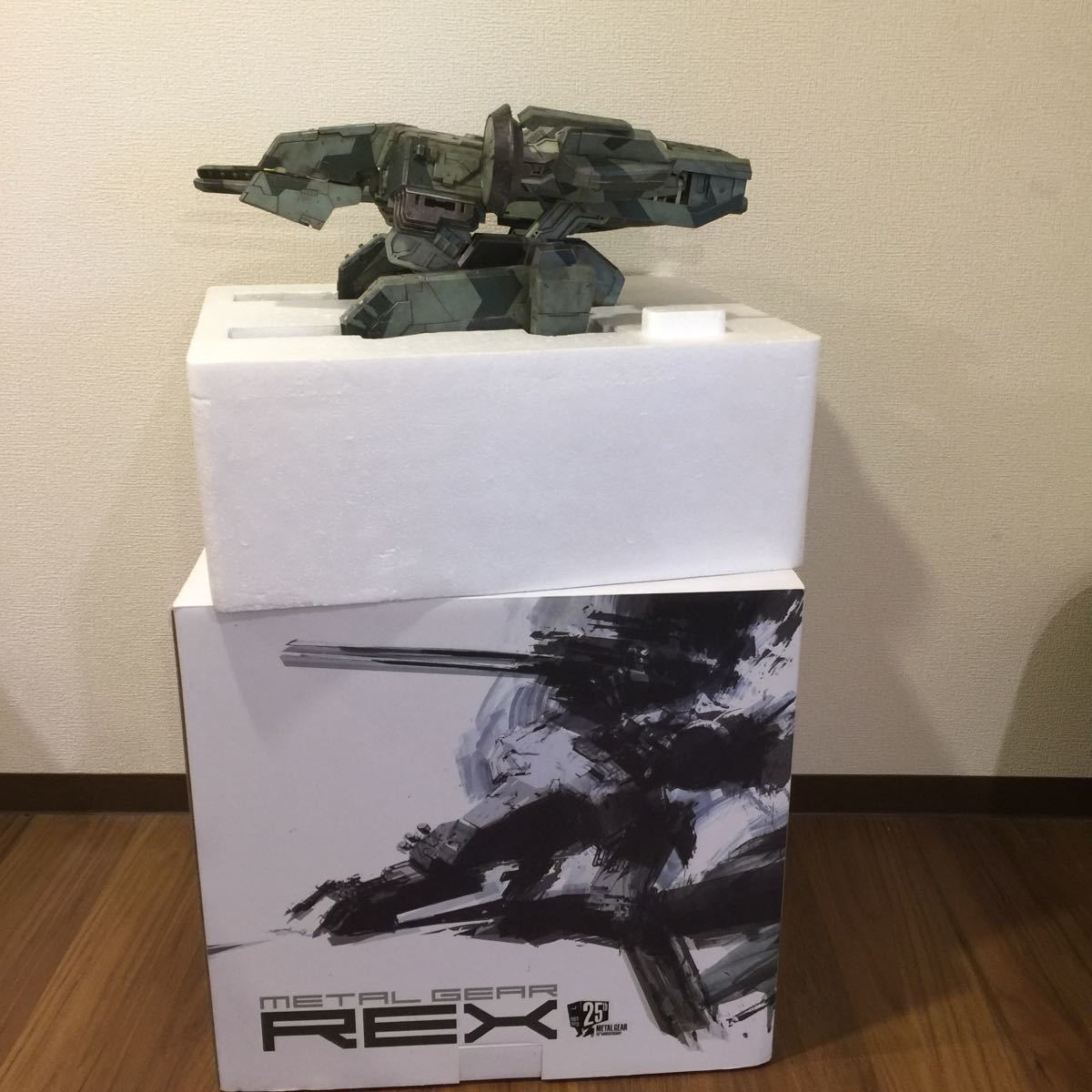 1円~ ThreeA METAL GEAR SOLID MG REX メタルギアソリッド メタルギア レックス フィギュ