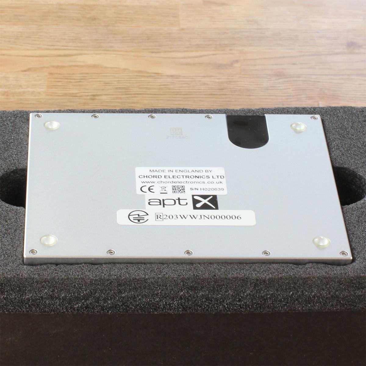 CHORD Hugo2 ヘッドホンアンプ ポータブルアンプ DAC 【美品】【送料無料】【 おまけ付き】_画像6