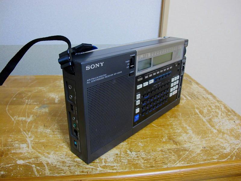 ソニーAM/FM/SWシンセサイザーチューナー、ICF-2001Dです_画像4
