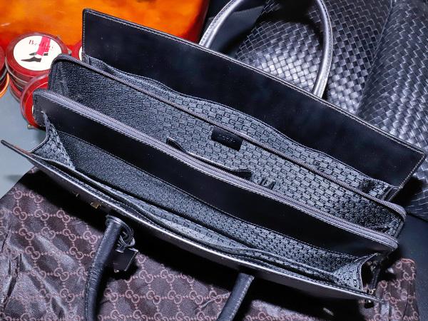 美品 グッチ GUCCI 幻 TOMFORD期 スクエアSVロック鍵付きマスターカーフレザー三層メンズ書類ビジネスバッグ 黒 ブラック 本物 正規_画像7