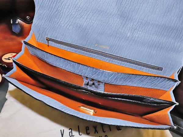 超美品 ヴァレクストラ 極希少シャーロック鍵付き総アザラシ革シールスキン三層メンズ書類ビジネスバッグ ブリーフケース 袋付 本物 正規_画像7