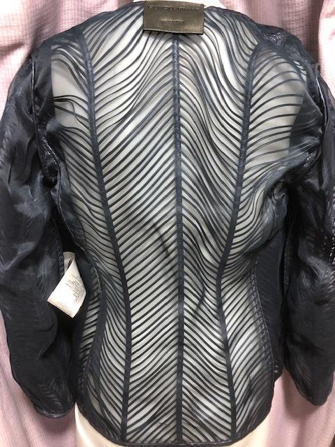 未使用!Fashion業界最高峰!最も権威GIORGIO ARMANI最高級オートクチュール上質レザー&オーガンジー素材ジャケット参考小売価格105万円!_裏面※リバーシブルではございません!