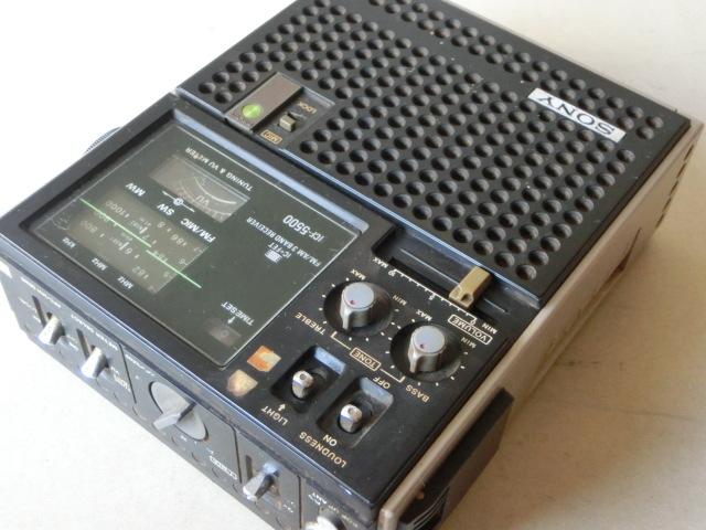 SONYソニー 3バンド スカイセンサー ラジオ ICF-5500 ACアダプター付(AC-110) ジャンク_画像3