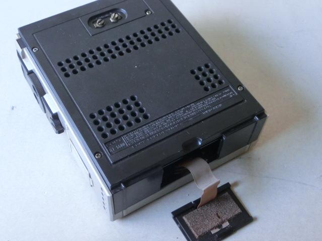 SONYソニー 3バンド スカイセンサー ラジオ ICF-5500 ACアダプター付(AC-110) ジャンク_画像4