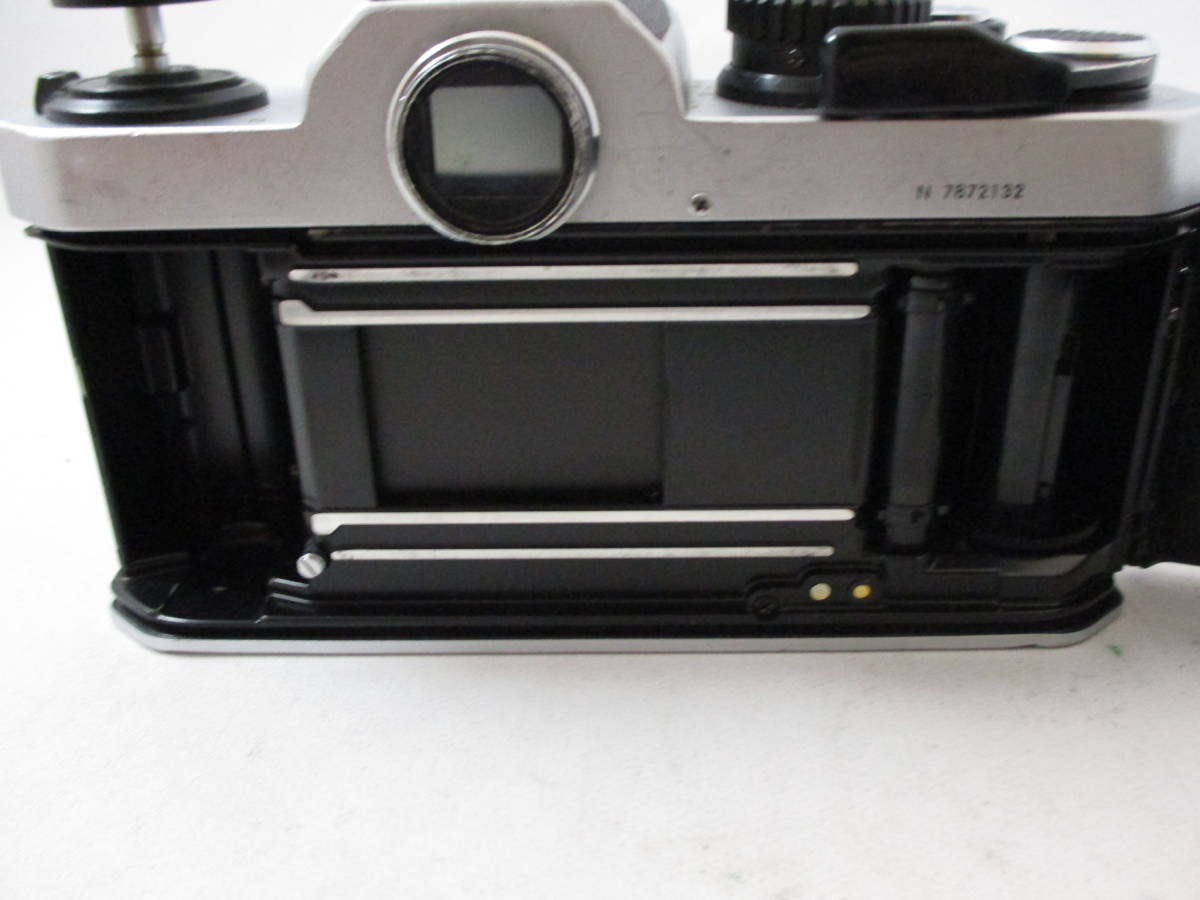 Nikon FM2 カメラ レンズ 20mm 1:2.8 付き  動作未確認 中古品_画像5