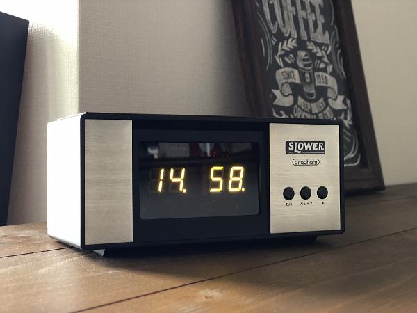 LEDアラームクロック ヴィンテージデザイン レトロクロック おしゃれ かっこいい 目覚まし時計 アラーム 置時計_画像1