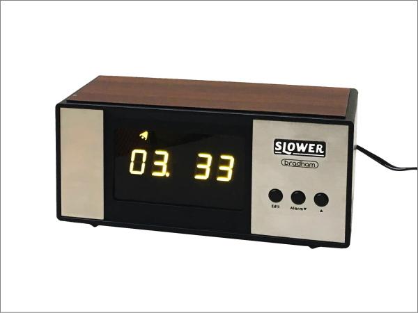 LEDアラームクロック ヴィンテージデザイン レトロクロック おしゃれ かっこいい 目覚まし時計 アラーム 置時計_画像9