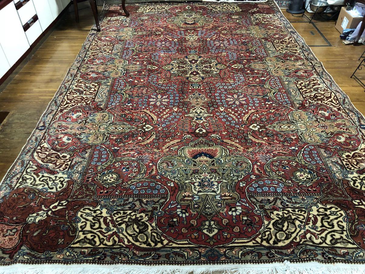 とても素敵な大判の7平米以上の手織カイセリ絨毯素晴らしい細かい柄トルコから直輸入宝石のようです!是非1枚!日本発送通関済送料込