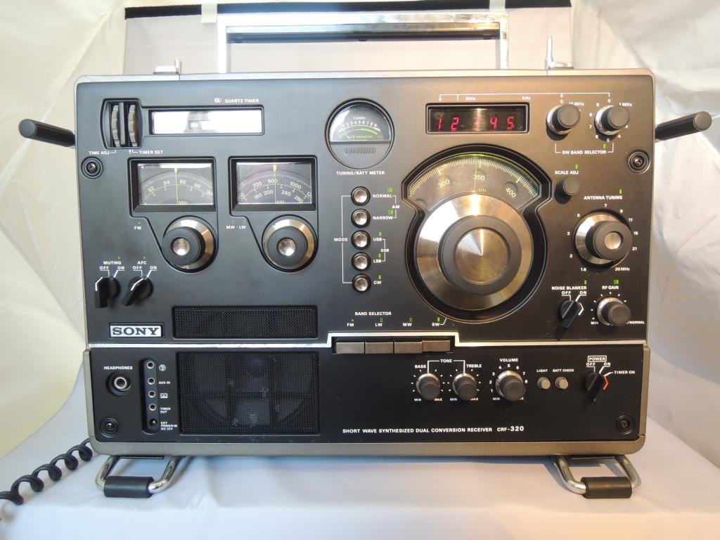 ※現状渡し※ SONY ソニー CRF-320 ラジオ FM/AM受信可 電源ケーブルなし 前面カバー付き_画像5