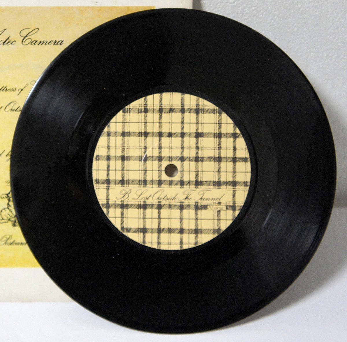 【送料無料】超レア★日本未発売★廃盤★81年 UK Postcard オリジナル 7'' AZTEC CAMERA Mattress Of Wire_画像4