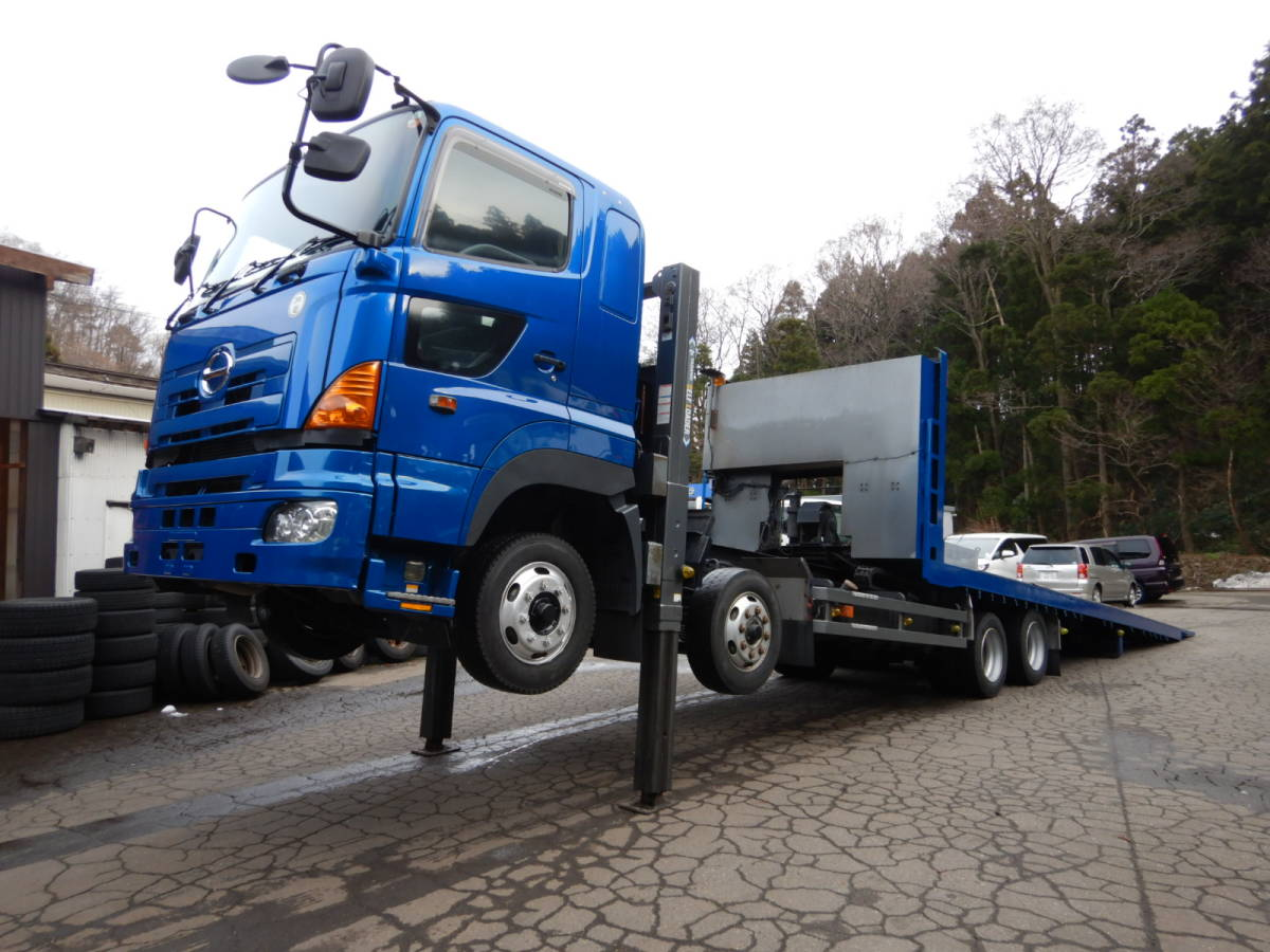 「【CH13826】H16年 日野 プロフィア タダノ ハイジャッキ スライドセルフ 重機運搬車 ウィンチ 7速MT 積載量12000kg 税込み!」の画像1