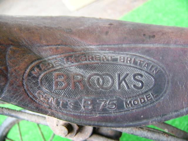 希少? BROOKS ブルックス GENTS B75 MODEL アンティーク レトロ 年代物 三輪車 鉄製 _画像3