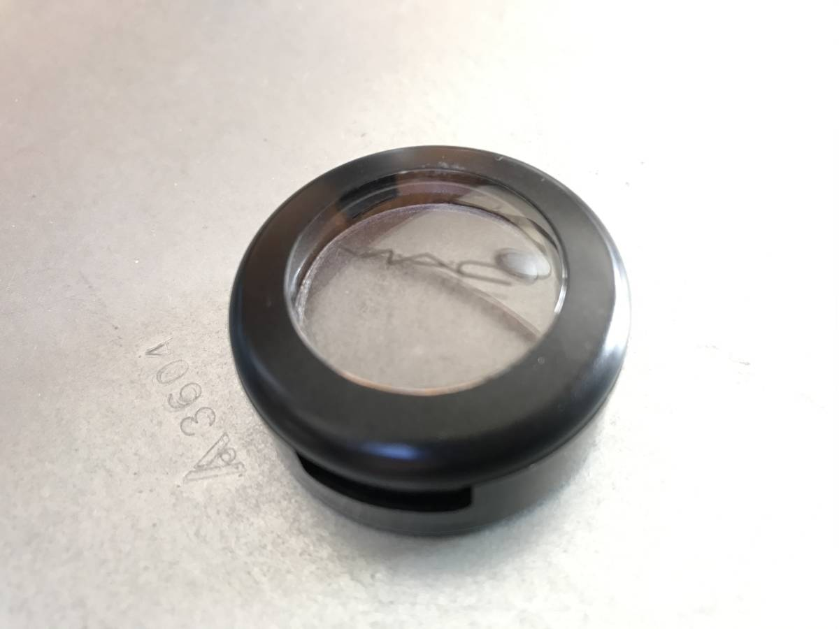 * M*A*C small eyeshadow silver ring outside fixed form 120 jpy *