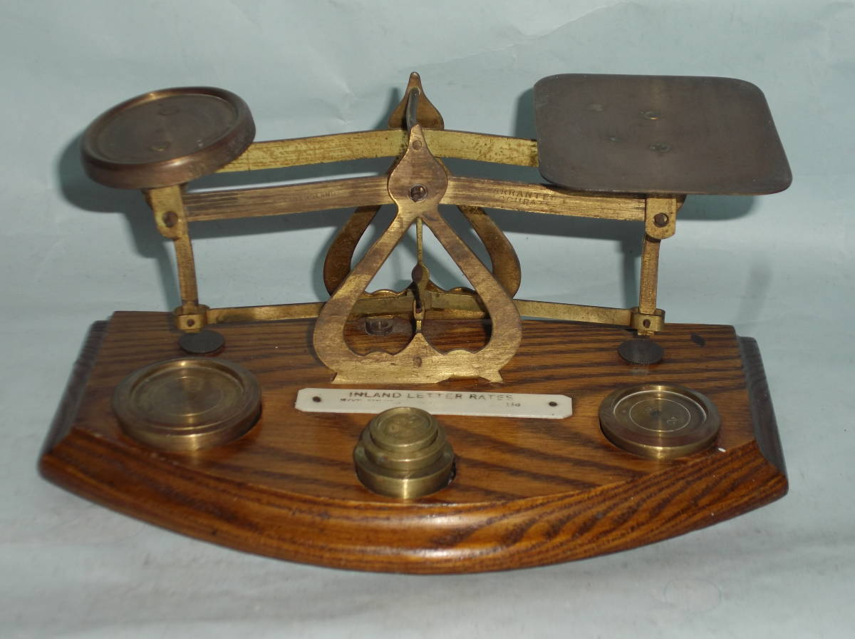 Britain antique scales measuring po start ru letter scale on plate weighing  scale brass brass wooden minute copper . -ply . retro Vintage ENGLAND LETTER  ...