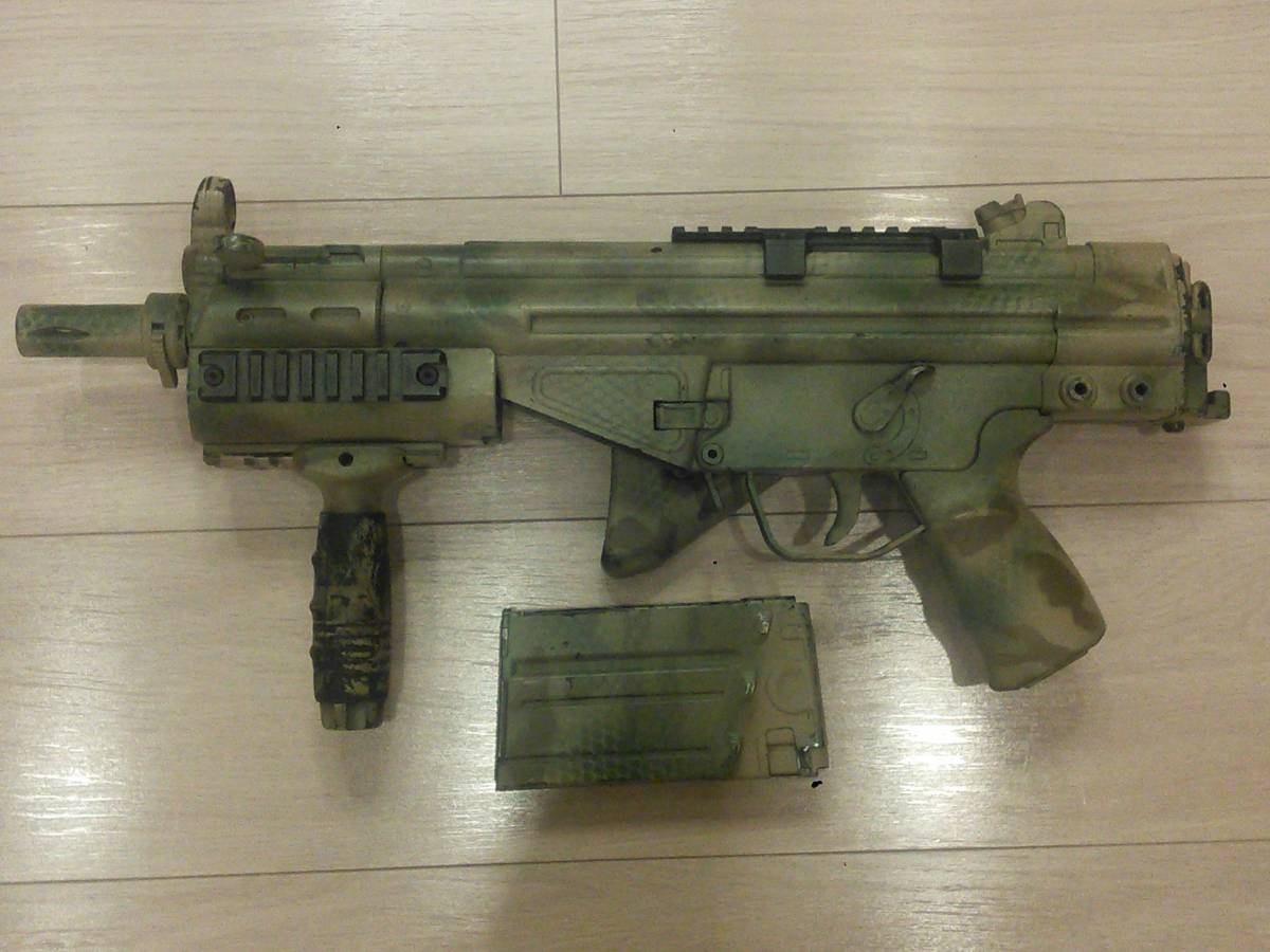 Tokyo Marui G3 SAS electric gun exterior painting custom