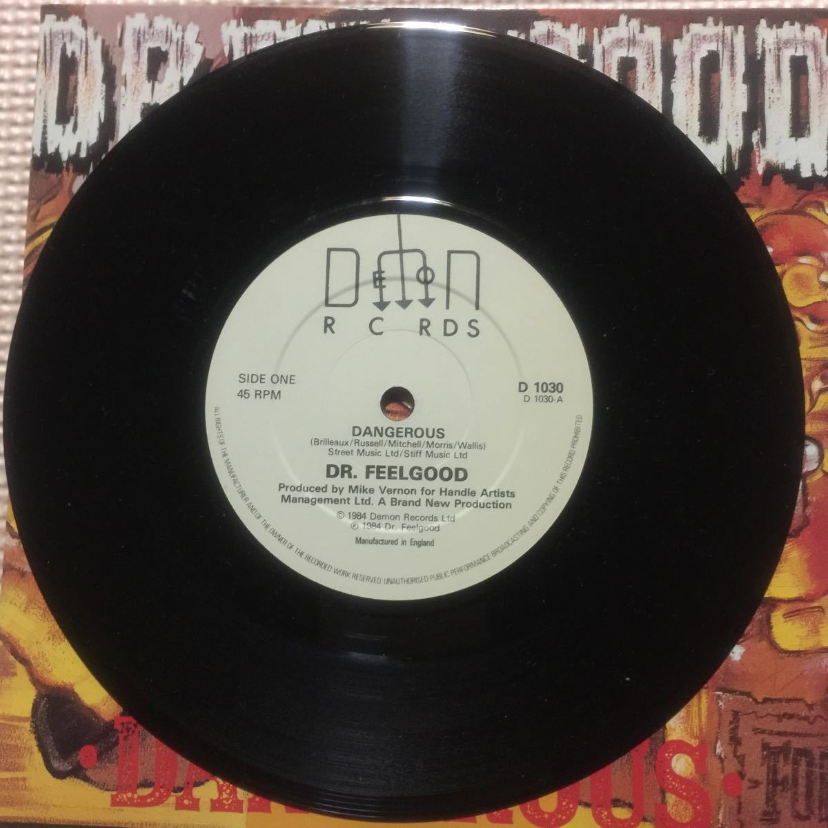 Dr. Feelgood Dangerous UK盤7インチシングル・レコード