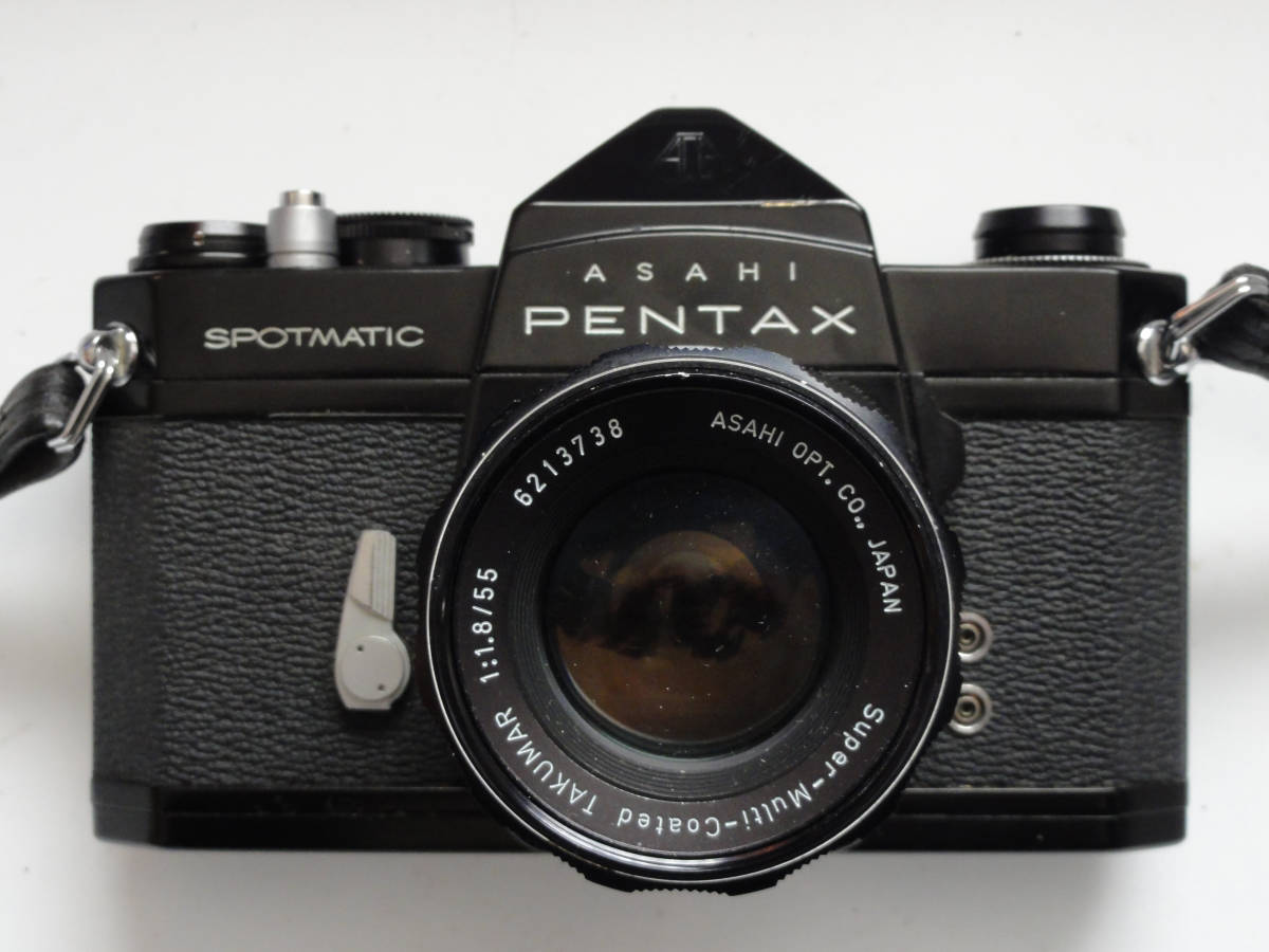 綺麗な状態のアサヒペンタックスSP黒ボディーとSMCタクマー55mmF1.8レンズ付き_画像2