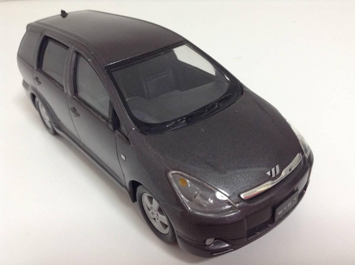 トヨタ 初代 ウィッシュ10 2.0G 1.8X Sパッケージ 前期型 2003年式~ 1/24 約19cm カラーサンプル 色見本 ミニカー 非売品 灰M 送料¥500_画像5