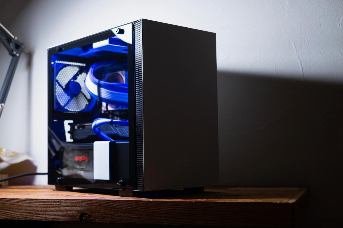 自作PC NZXT XEON E5 12コアCPU GTX1080 960GB SSD ゲーミングPC 動画編集 3DCG mini itx 検)Core i9 9900k Core i7 8700k 7920x