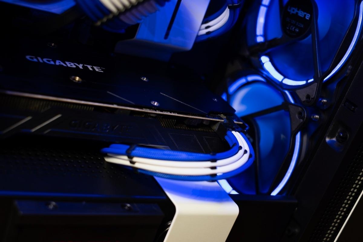 自作PC NZXT XEON E5 12コアCPU GTX1080 960GB SSD ゲーミングPC 動画編集 3DCG mini itx 検)Core i9 9900k Core i7 8700k 7920x_画像5