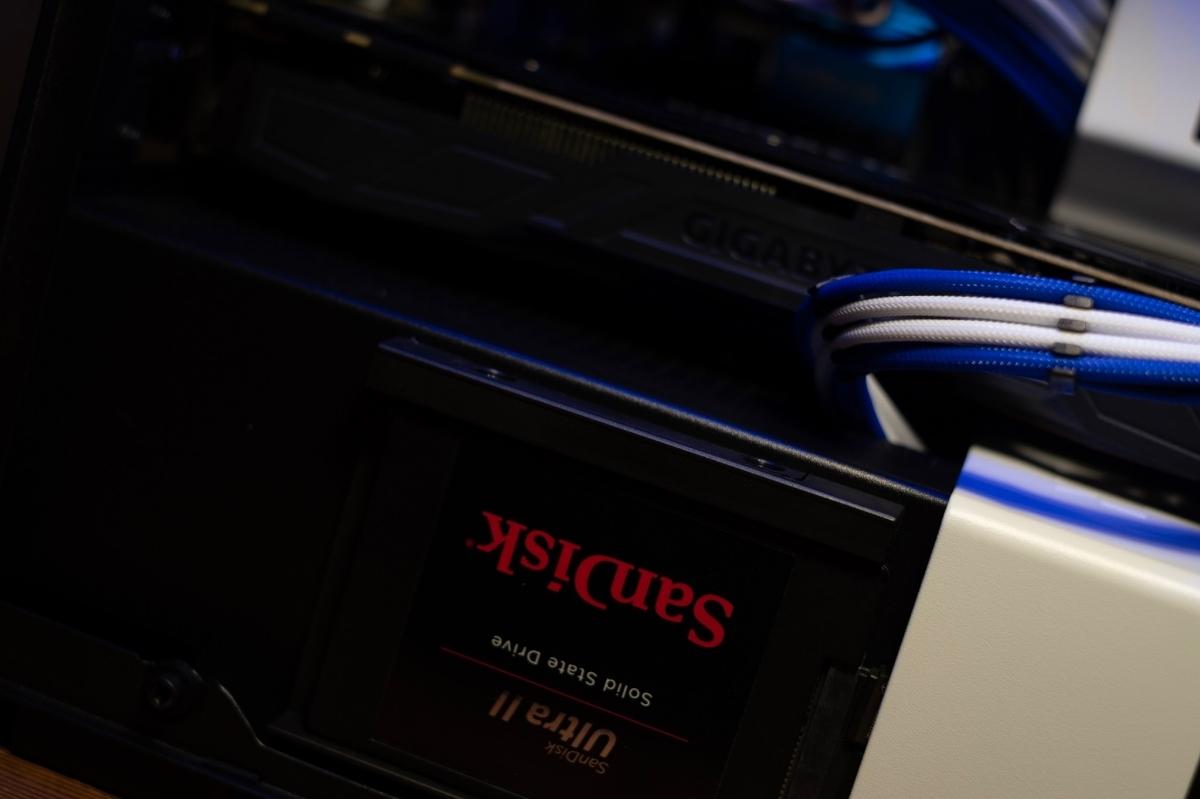 自作PC NZXT XEON E5 12コアCPU GTX1080 960GB SSD ゲーミングPC 動画編集 3DCG mini itx 検)Core i9 9900k Core i7 8700k 7920x_画像6