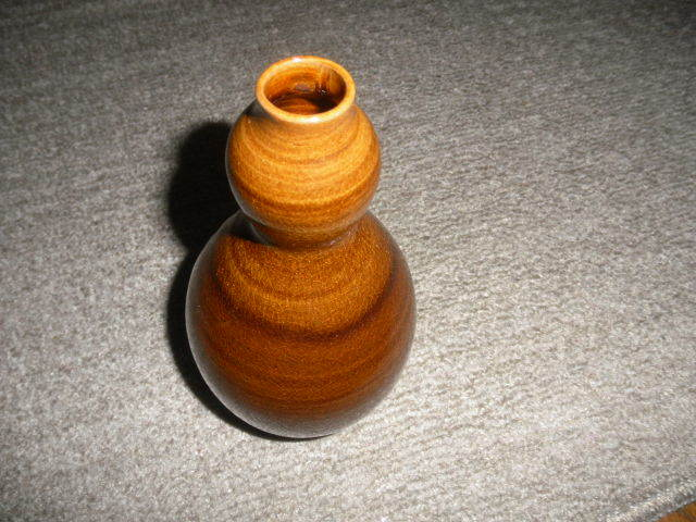 @@ 九州の焼きもの 高取焼 一輪挿し 茶道具 華道 高取の銘あり 飴釉の魅力  口径2cm 高さ16.3cm_画像1