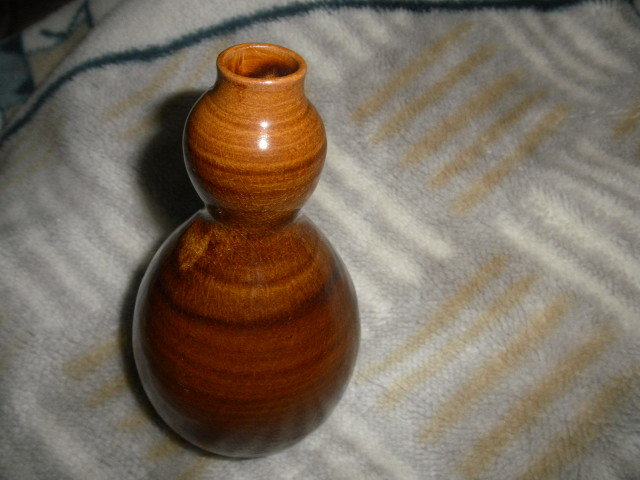 @@ 九州の焼きもの 高取焼 一輪挿し 茶道具 華道 高取の銘あり 飴釉の魅力  口径2cm 高さ16.3cm_画像2