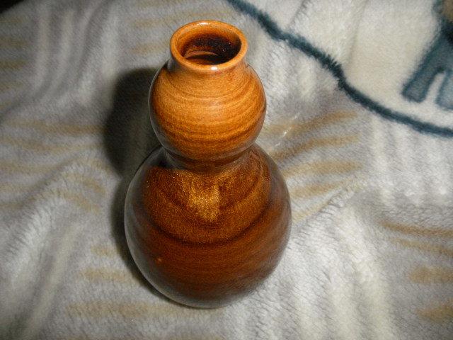 @@ 九州の焼きもの 高取焼 一輪挿し 茶道具 華道 高取の銘あり 飴釉の魅力  口径2cm 高さ16.3cm_画像7