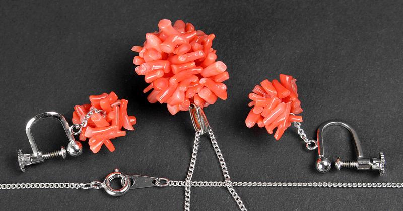 【梟】天然珊瑚 ペンダントとイヤリング セット 赤サンゴ 桃色珊瑚 枝珊瑚 コーラル ネックレス アクセサリーセット ペア 2点セット ピンク_画像3