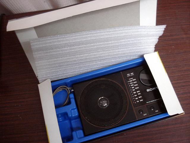 ★昭和レトロ 当時物 箱付き!SONY ICF-S30 ワイドFM受信可能ラジオ 簡易確認OK! ジャンク ★_画像7
