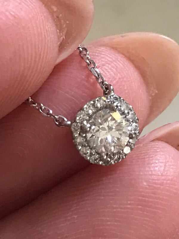ヴァンドーム青山グレースネックレスpt850ダイヤ計0.38ct限定今だけ値下げ_画像1