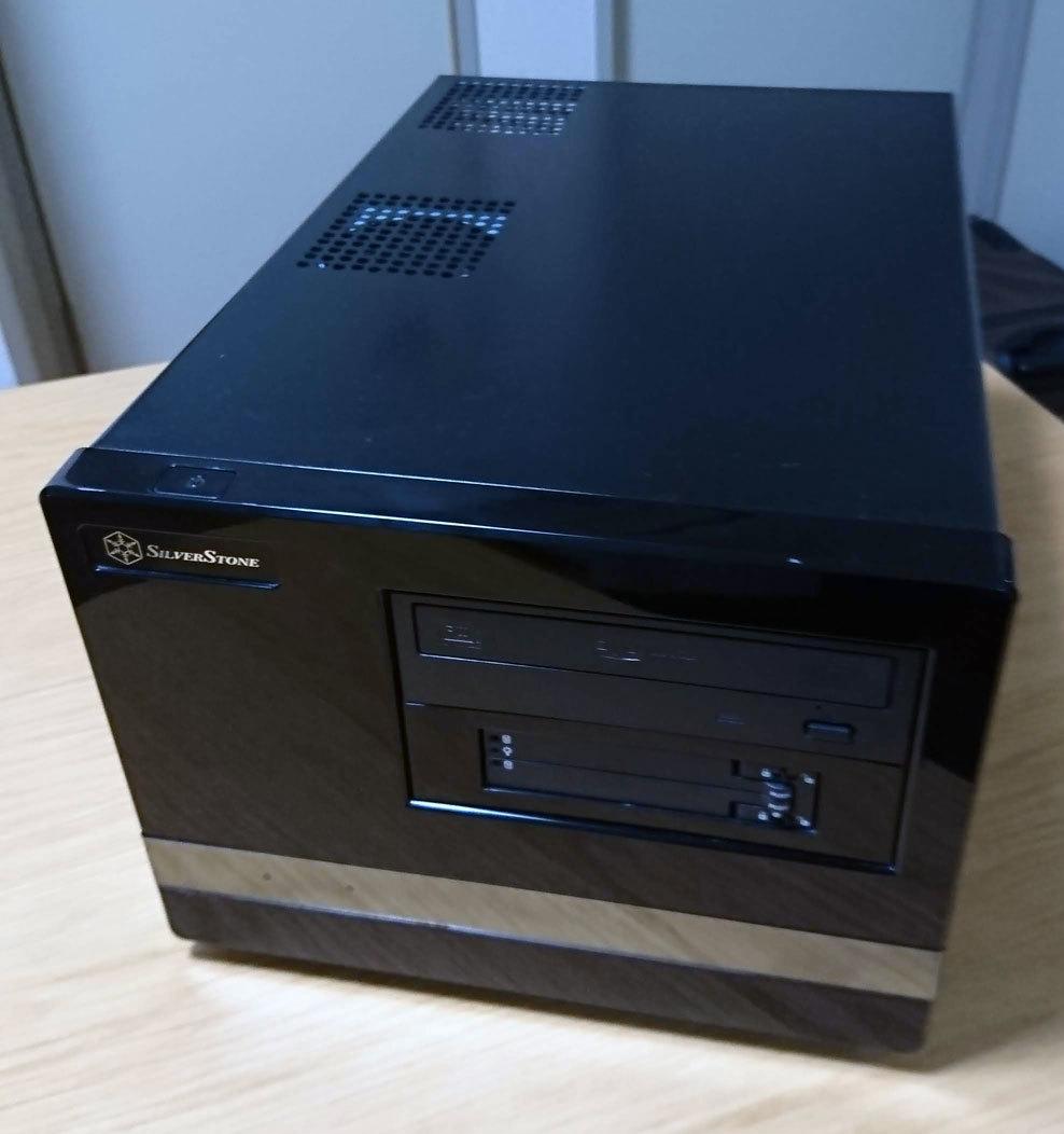 【中古】自作小型デスクトップPC(キューブ型MicroATX) WindowsXP Pro~8Proまで正規ライセンス付き