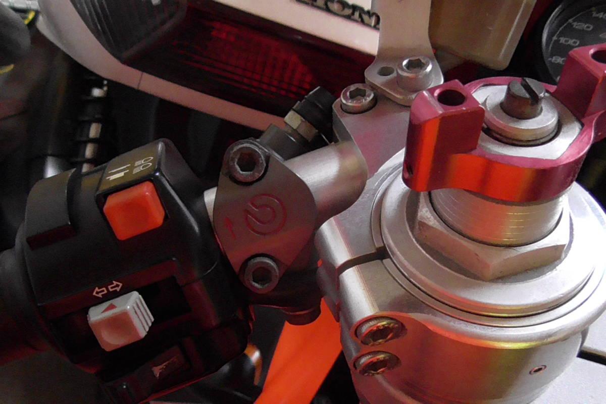 ドカティ SS900 カスタム車両です _画像9
