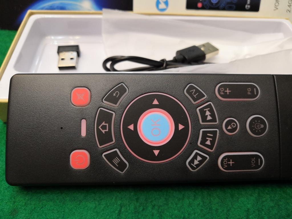 ワイヤレスマウスキーボード・エアーマウス裏側キーボードの両面仕様メーカーVONTAR充電式送料全国一律普通郵便250円_画像7