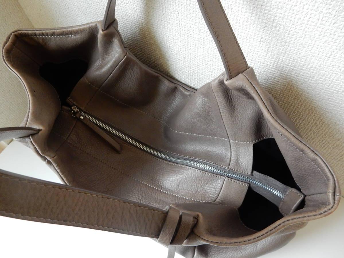 イタリア製☆本革☆GIANNI CHIARINI(ジャンニ キャリーニ)A4対応☆トートバッグ シャンピニョン_画像8