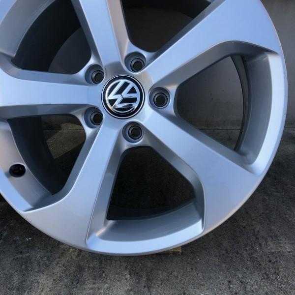 【新車外し】VW フォルクスワーゲン ゴルフ7 GTI 17インチ純正ホィール4本セット_画像6