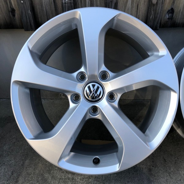 【新車外し】VW フォルクスワーゲン ゴルフ7 GTI 17インチ純正ホィール4本セット_画像3