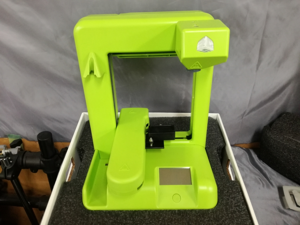 J701 新品 送料無料 Cube 3Dプリンター 2nd Generation グリーン 自作 シンプル DIY 工作 3Dプリンタ本体 Wi-Fi接続可能_画像2