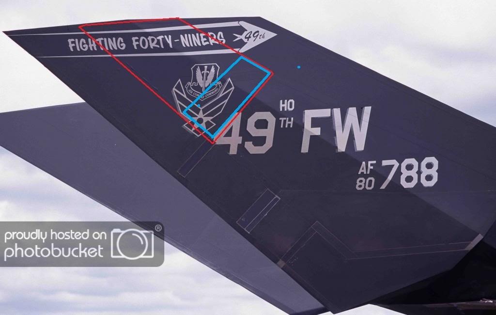 米空軍 F-117 戦闘機 尾翼部品 ナイトホーク ステルス戦闘機 展示用 ロッキード スカンクワークス ステルス F-22 F-35 SR-71 U-2_画像7