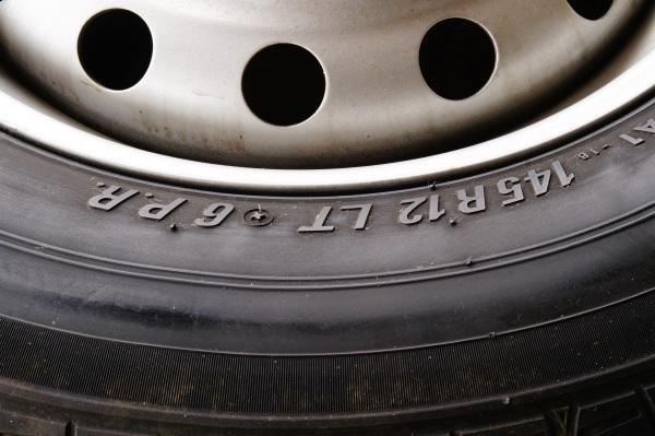 車検用 軽トラック スチールホイール 3.5JX12 トーヨー VA-1 145R12 6P 4本セット 送料 全国一律 宮城県名取市~_画像3