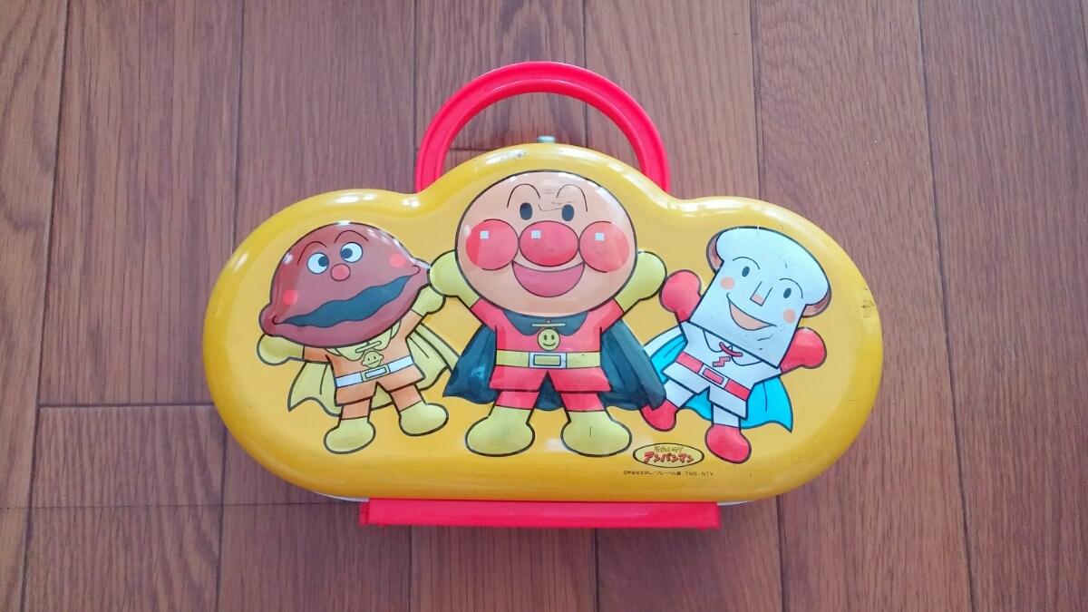 アンパンマン カレーパンマン 食パンマン やなせたかし 不二家 お菓子 缶 当時もの used 送料500円_画像4