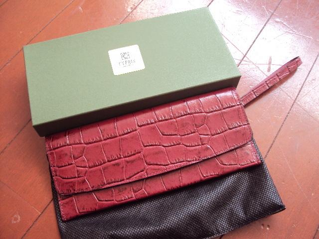 a1617d4c25b4 代購代標第一品牌- 樂淘letao - $未使用品!CYPRISキプリスの長財布を格安で!ボルドー