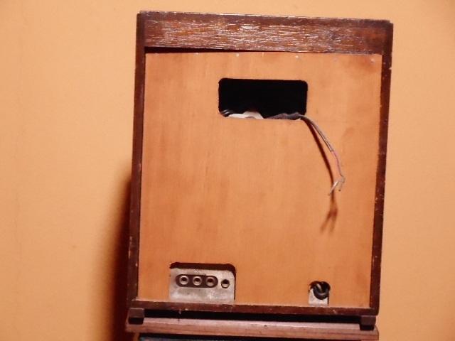 【ジャンク品】アンティーク 真空管ラジオ(電源は入ります) シャープ charp レトロ_画像4