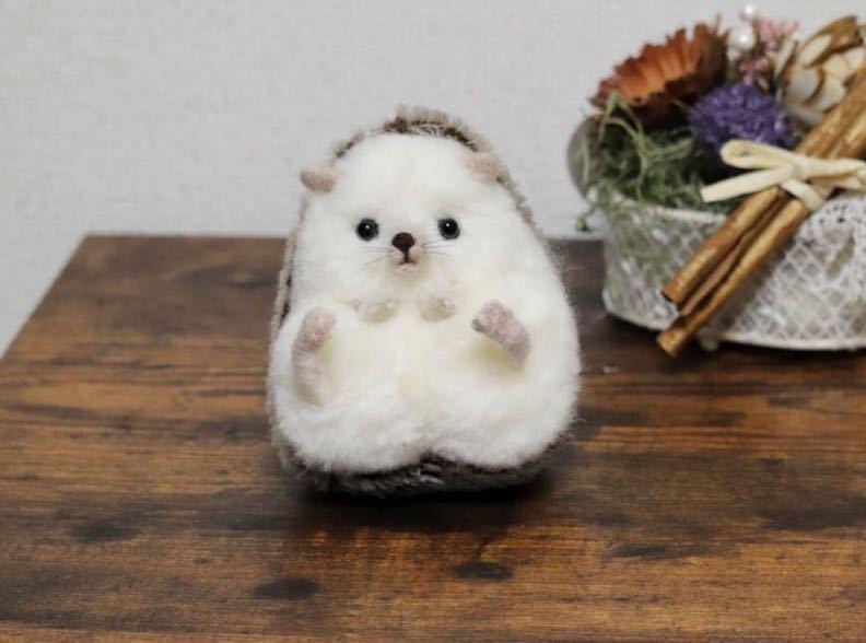 おすわりハリネズミさん03 ハンドメイド羊毛フェルト_画像2